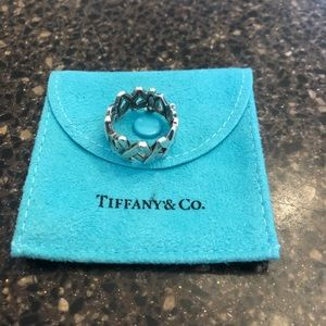 Authentic Tiffany & Co Paloma Picasso XO ring.